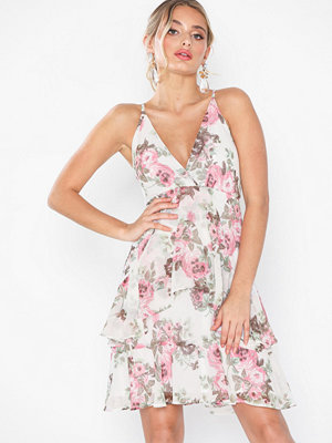 NLY Eve Flounce Bottom Frill Dress Blommig