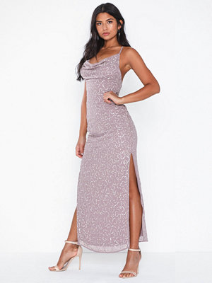 Festklänningar - NLY Eve Beaded Deep Back Gown