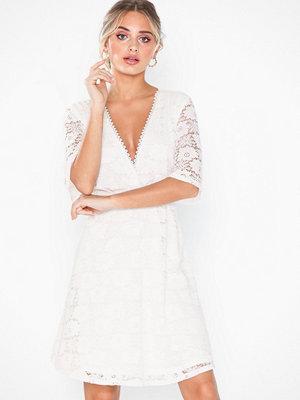 Festklänningar - Vila Viaravani S/S Dress