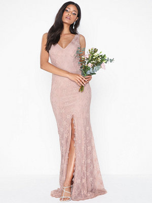 NLY Eve Shaped Lace Gown