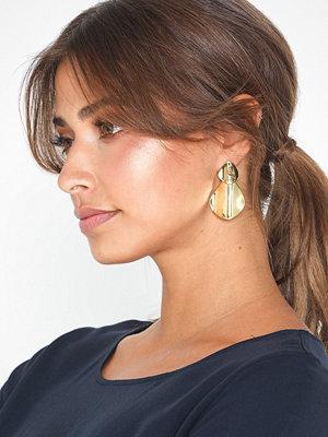 Cornelia Webb örhängen Molded Organic Hinge Earring