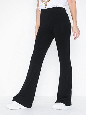 NLY Trend svarta byxor Show Pants