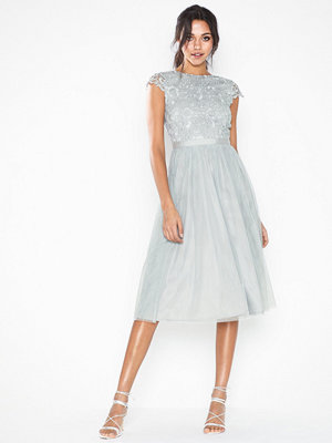 Festklänningar - NLY Eve Lace Trim SS Dress