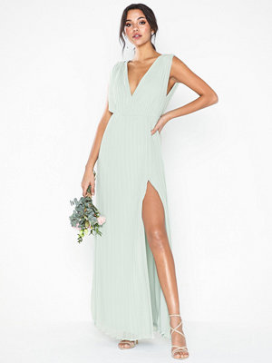 NLY Eve Plisse Goddess Gown