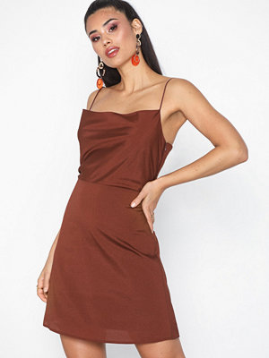 NLY Trend Cami Dress Brown