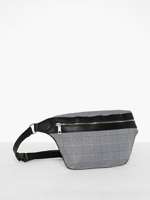 Pieces ljusgrå rutig axelväska Pcabby Bum Bag