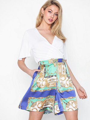 NLY Trend Flowy Printed Shorts