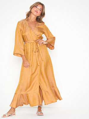 Gestuz CammaGZ wrap dress