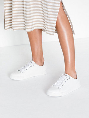 Sneakers & streetskor - Topshop White Lace Up Trainers