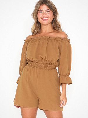 Jumpsuits & playsuits - NLY Trend Frill Off Shoulder Playsuit