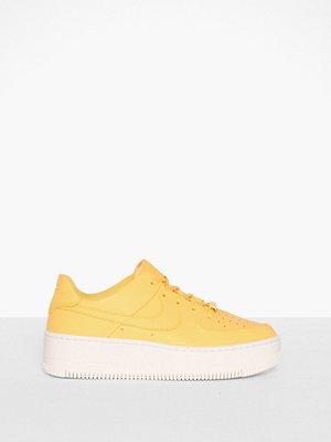 Sneakers & streetskor - Nike Nsw W AF1 Sage Low