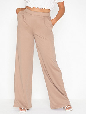 NLY Trend beige byxor Tailored Wide Pants