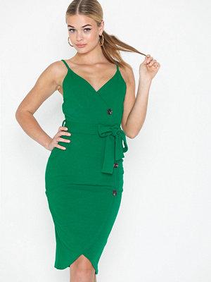 b17a5e3efb84 Gröna klänningar - Köp klänning online - Modegallerian