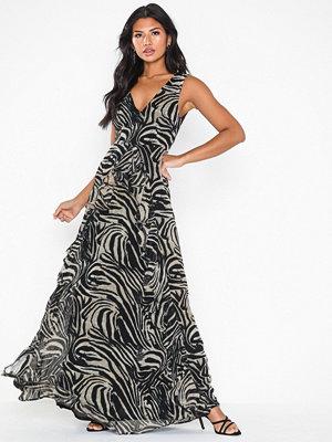 NLY Eve Savannah Gown