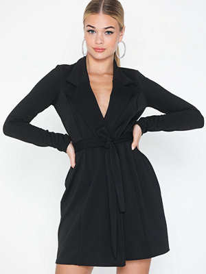 Missguided Long Sleeve Blazer Dress