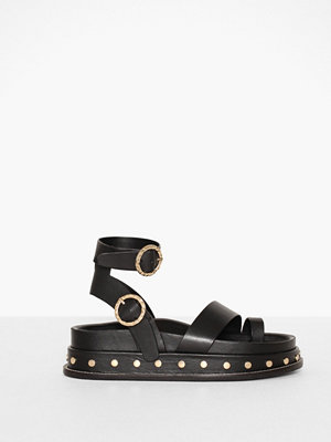Topshop Fawn Stud Footbed