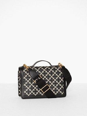 By Malene Birger svart mönstrad väska Loenna