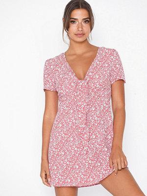 Glamorous Short Sleeve Knot Dress