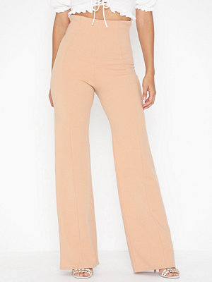 NLY One beige byxor Shape High Wide Pant