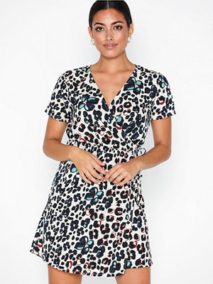 Only Onlsadie S/S Wrap Dress Wvn