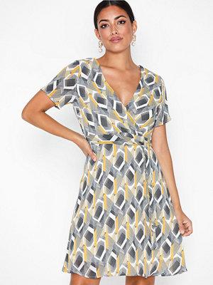 Sisters Point Gerdo Dress