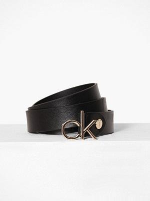 Bälten & skärp - Calvin Klein 3CM Low Ck Adj.Buckle Belt