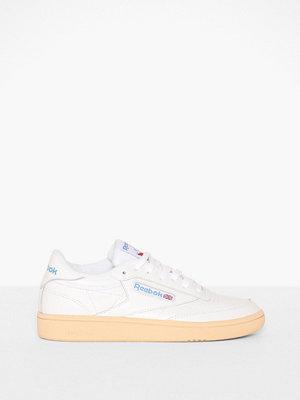 Sneakers & streetskor - Reebok Classics Club C 85