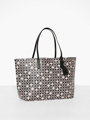 By Malene Birger Abigail Grey