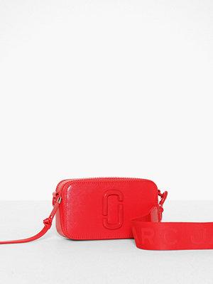 Marc Jacobs röd axelväska Snapshot Dtm Geranium