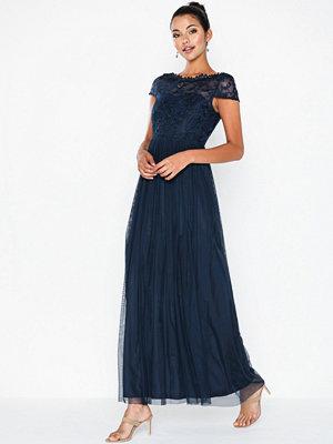 Vila Viulricana S/S Maxi Dress/3 Blå