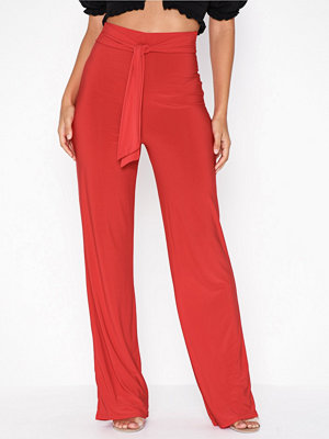 NLY One röda byxor High Waist Tie Pant