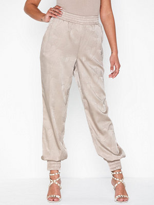 NLY Trend mönstrade byxor Relaxed Fancy Pants