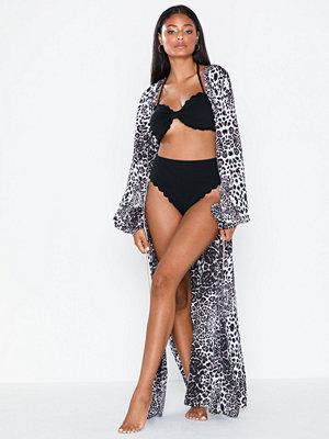 NLY Beach Borderless Beach Robe