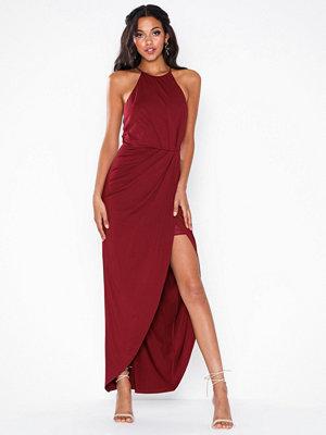 Festklänningar - NLY Eve Twisted Sportscut Gown