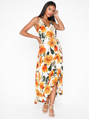 Ax Paris Floral V Neck Dress