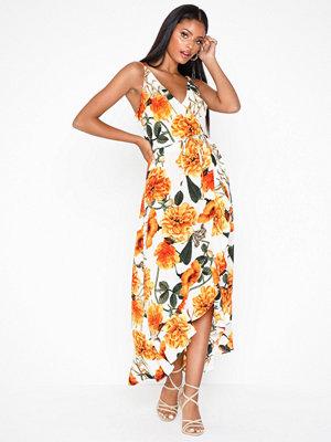 Ax Paris Floral V Neck Dress