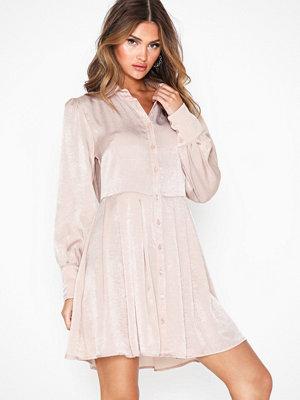 Glamorous Long Sleeve Button Dress