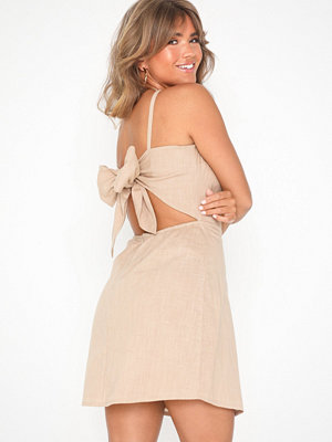NLY Trend Detailed Back Dress Beige