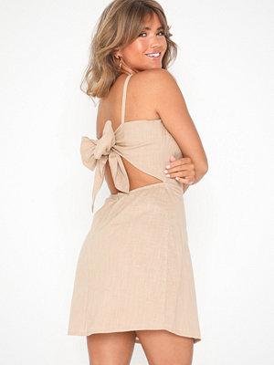 NLY Trend Detailed Back Dress Beige