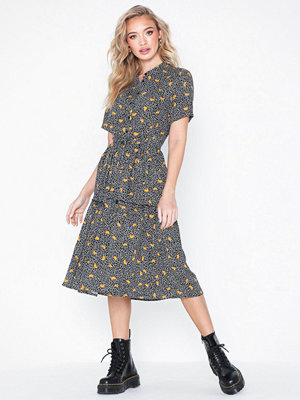 MOSS Copenhagen Leia Dress AOP