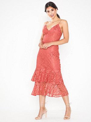 NLY Eve Strap Lace Midi Dress