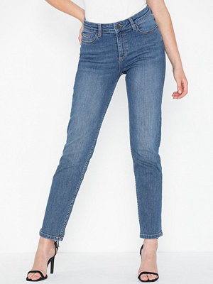 Noisy May NMJENNA NW STRAIGHT JEANS CS059MB N