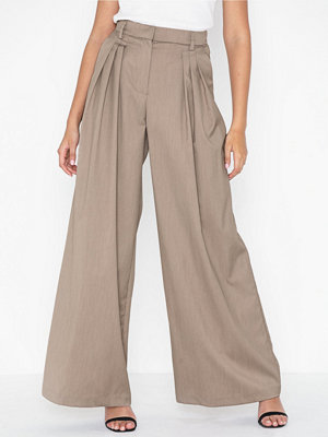 NLY Trend omönstrade byxor Great Wide Pants