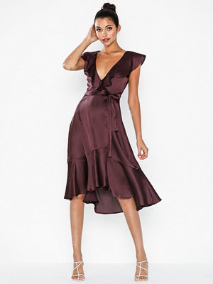 NLY Eve Flounce Wrap Dress
