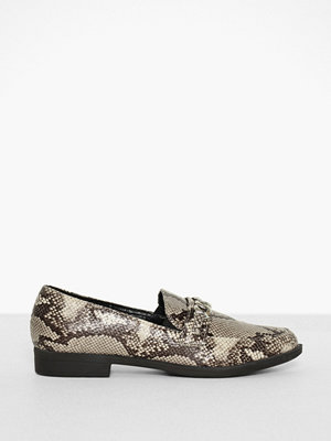 Duffy Chain Loafer