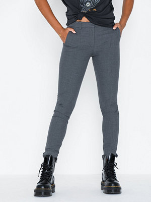 Selected Femme grå byxor Slfmuse Fie Cropped Mw Pant Mgm No