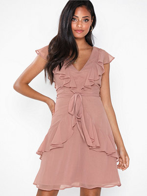 NLY Eve Flounce Tied Dress