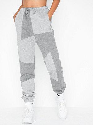 Adidas Originals omönstrade byxor Dc Sweatpant