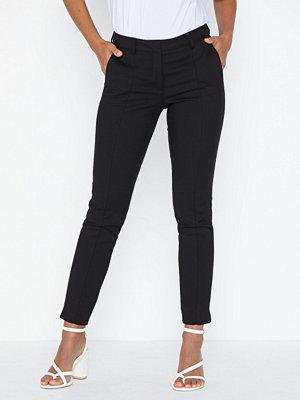 Selected Femme svarta byxor Slfmuse Fie Cropped Mw Pant Black N