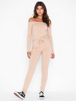 Jumpsuits & playsuits - NLY Trend Flirty Shoulder Rib Set